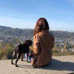 Hundemami verwahrlost aber glücklich